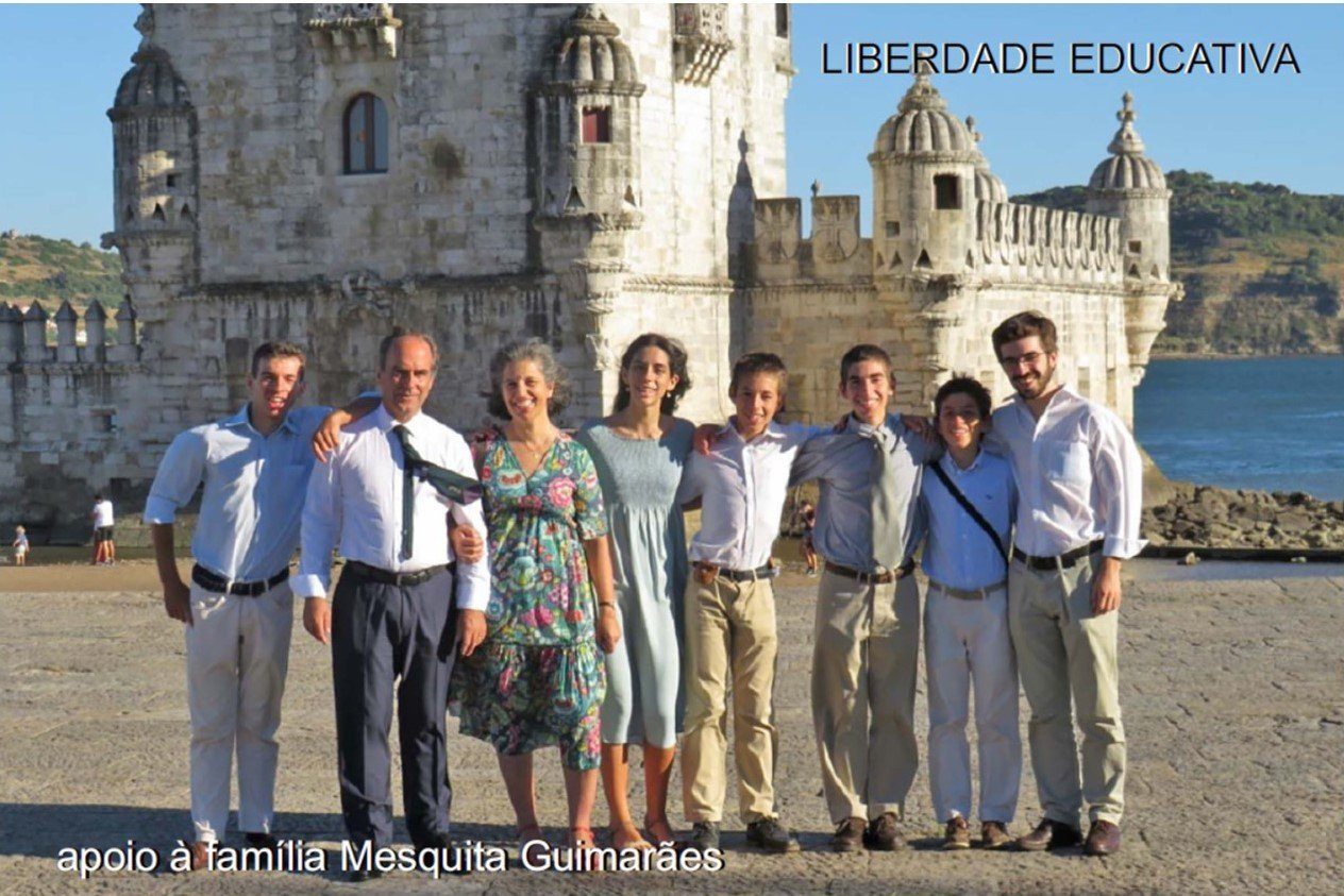 Read more about the article PELA LIBERDADE EDUCATIVA